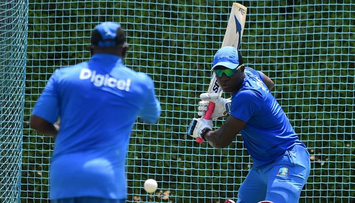 পাকিস্তানের বিরুদ্ধে ওয়েস্ট ইন্ডিজের টেস্ট দল থেকে বাদ স্যামুয়েলস, ব্রাভো