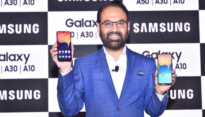 ৮,৫০০ টাকারও কমে লঞ্চ হল Samsung-এর নতুন স্মার্টফোন Galaxy A10!