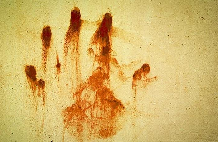 ভাড়াবাড়ির ঘর থেকে উদ্ধার যুবতীর রক্তাক্ত দেহ, আটক প্রেমিক ও ৩ রুমমেট