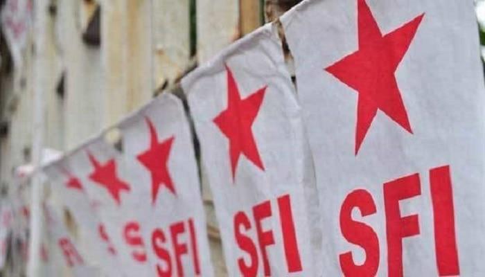 ভাঙা পাঁজরে স্বপ্ন নিয়ে ঘুরে দাঁড়ানোর বার্তা দিতে বাংলাকেই বাছল SFI