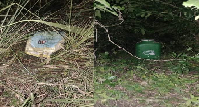 পুকুর পাড়ে সন্দেহজনক ব্যাগ, ড্রাম, উদ্ধার ৪০টি তাজা বোমা
