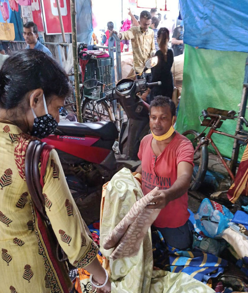 সাবধান! করোনা-সুনামির আতঙ্কে উদ্বিগ্ন চিকিৎসকেরা