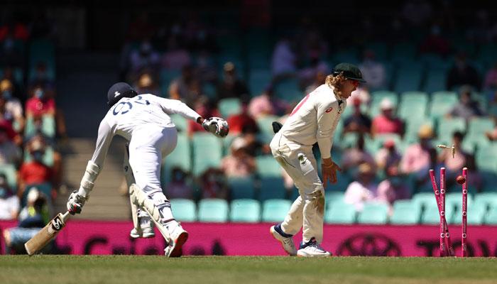 Ind vs Aus: সিডনিতে ব্যাটিং বিপর্যয়, ২৪৪ রানে শেষ ভারতের প্রথম ইনিংস