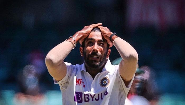 Ind vs Aus: পেটের পেশিতে টান, Brisbane Test-এর আগে ছিটকে গেলেন বুমরা