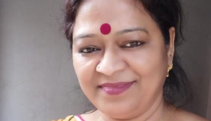 স্ত্রী TMC; স্বামী BJP-র মণ্ডল সভাপতি, গৃহবধূর মৃত্যুতে চাঞ্চল্য হরিদেবপুরে