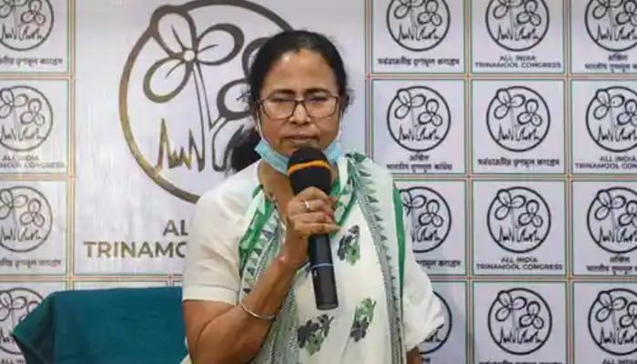 WB Assembly Election 2021: 'টালিগঞ্জে আমিও দাঁড়াতে পারি', বিকল্প হাতে রাখছেন Mamata?