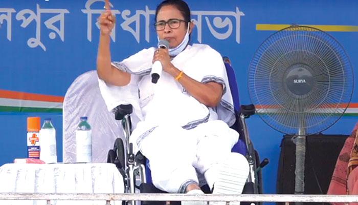 WB Assembly Election 2021: এক পা দিয়েই খেলব; BJP-কে মাঠের বাইরে বের করে দেব, কোতুলপুরে চ্যালেঞ্জ Mamata-র