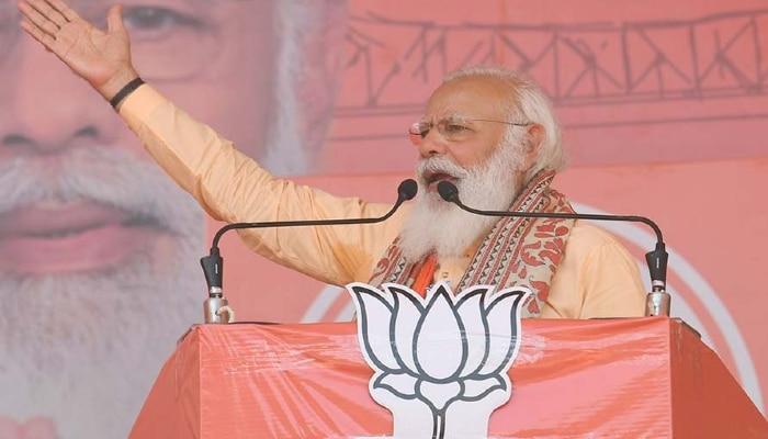 West Bengal Election 2021: ভোটগ্রহণের দিন সভা PM Modi-র, আইনি দিক খতিয়ে দেখছে কমিশন