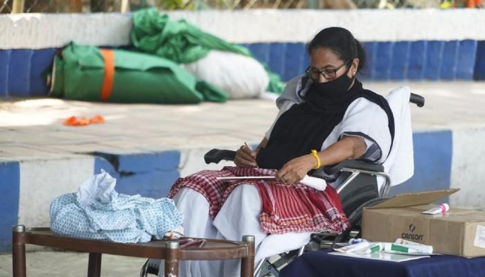 WB Asembly Election 2021: শীতলকুচি সফর আপাতত বাতিল, বুধবার মাথাভাঙা হাসপাতালে Mamata