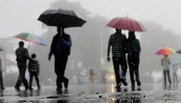 Weather Forecast: শনিবারও রাজ্যজুড়ে বৃষ্টির ভ্রুকুটি! বাড়বে তাপমাত্রা
