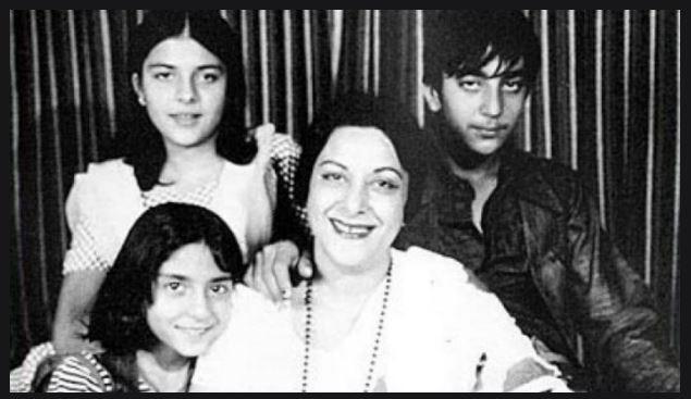 মা Nargis-র জন্মবার্ষিকী, স্মৃতির সরণিতে Sanjay Dutt