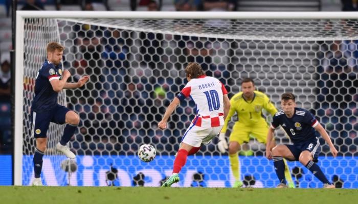 UEFA EURO 2020: Luka Modric কি টুর্নামেন্টের সেরা গোলটা করে ফেলেলন? রইল ভিডিয়ো