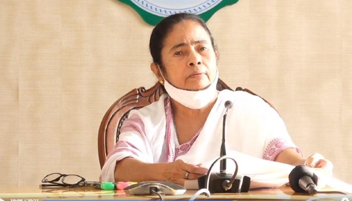 তৃতীয় ঢেউয়ের আশঙ্কায় ১২ বছর পর্যন্ত শিশুর মায়েদের টিকায় অগ্রাধিকার: Mamata