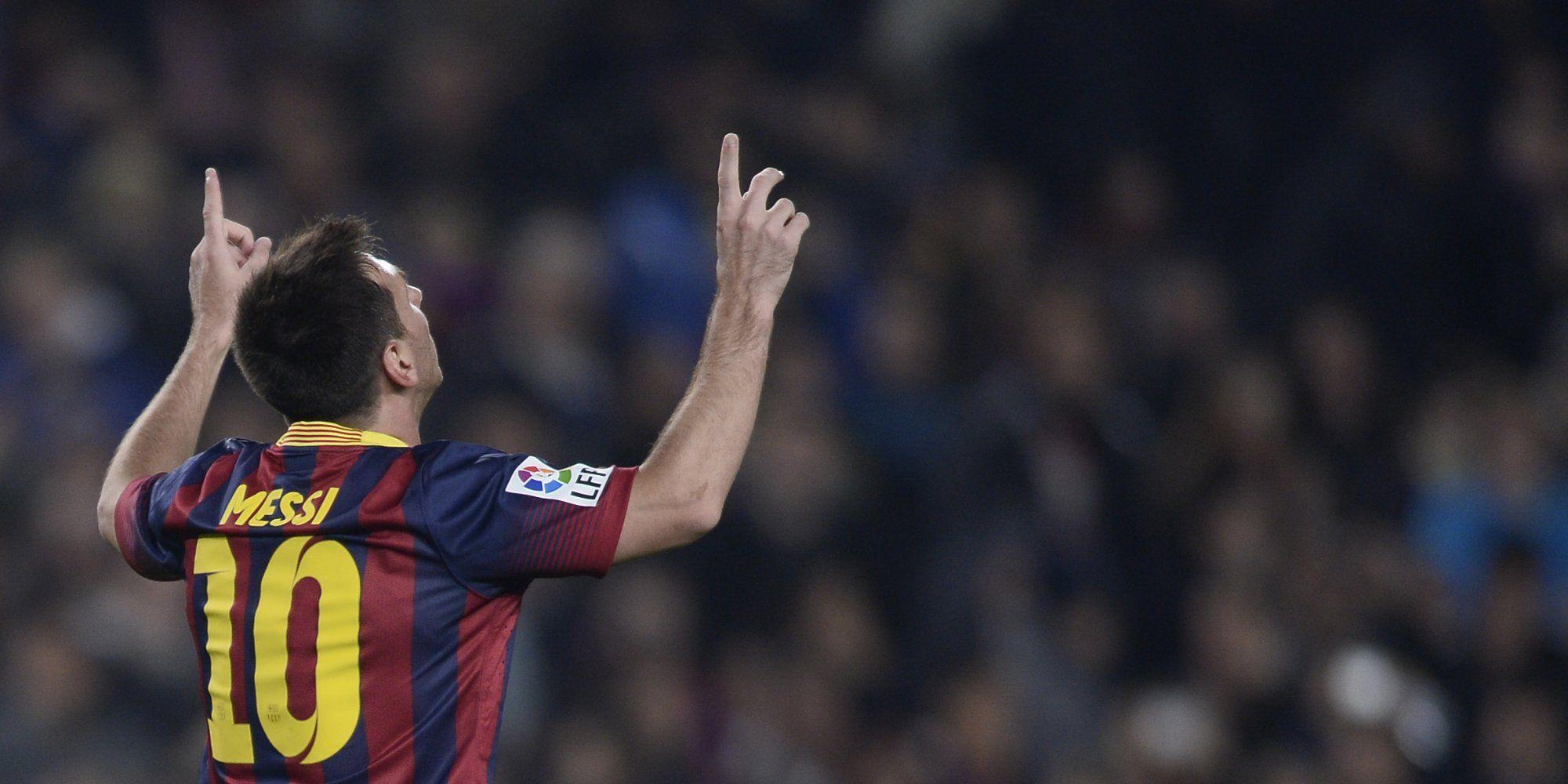 গোলের পর প্রতিবার আকাশের দিকে তাকিয়ে কাকে স্মরণ করেন Lionel Messi?