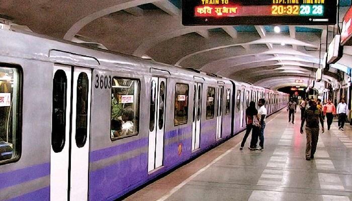 ৬১ দিন পর আজ থেকে সকলের জন্য চালু হল Metro, তবে মানতে হচ্ছে এই নিয়মগুলো