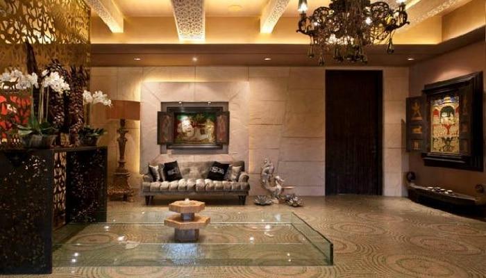 Shilpa Shetty. Raj Kundra: Dinning table