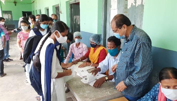 আরামবাগ গার্লস স্কুলে রেজাল্ট বিভ্রাট, নম্বর বাড়ল ১৩৭ জন উচ্চমাধ্যমিক পরীক্ষার্থীর