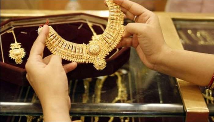 Gold Price Huge Drop:  দাম পড়ল  সোনার