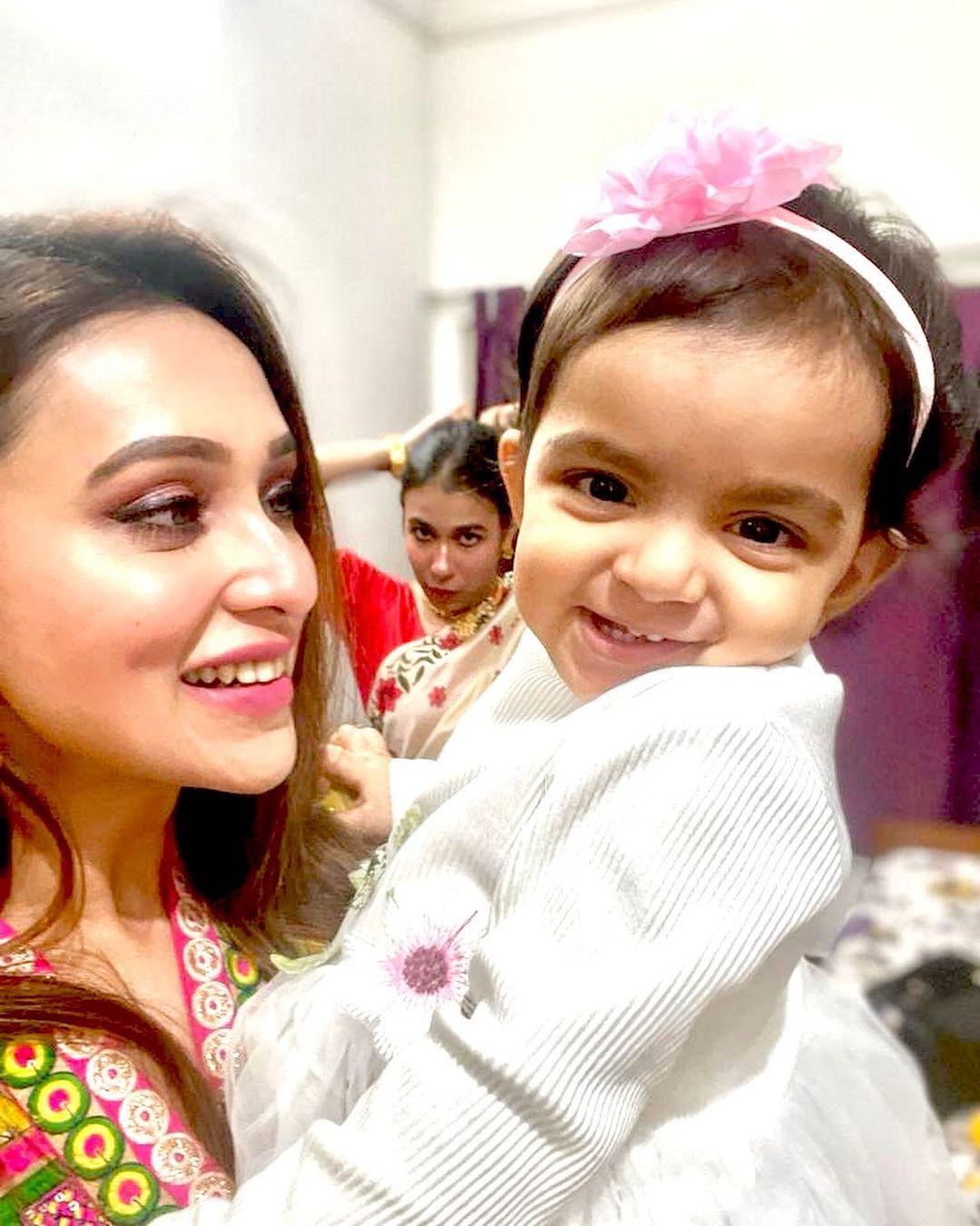 Mimi Chakraborty celebrates Niece Birthday