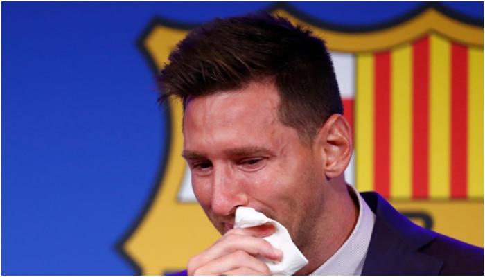 Messi র চোখের জল মোছা টিস্যু পেপারই এখন মহা মূল্যবান! বিক্রি হচ্ছে বিরাট দামে