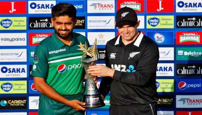 Pakistan vs New Zealand: নিরাপত্তার হাল খারাপ, মাঠে বল পড়ার আগেই পাক সফর বাতিল করল নিউজিল্যান্ড