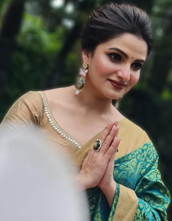 Ashtami Anjali