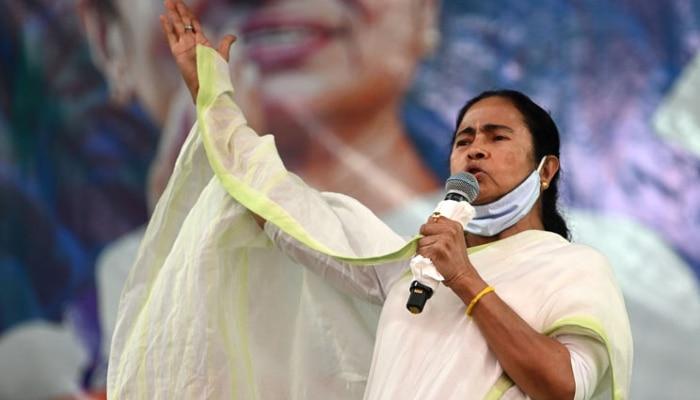By-Poll: নন্দীগ্রামে যেভাবে চেপে ধরেছিল গলাটা কেটে যেত, ভাগ্য ভাল মারা যাইনি: Mamata