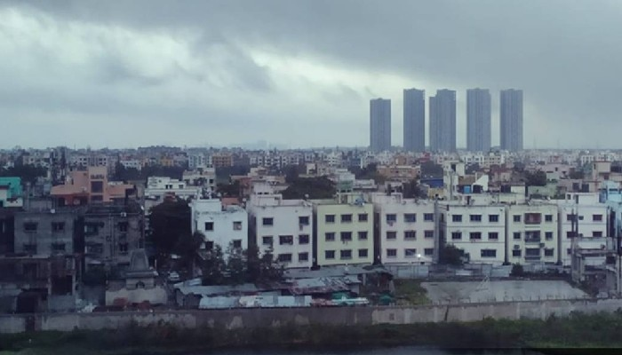 Cloudy Kolkata