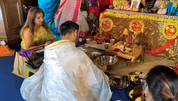 #উত্সব: ঢাক-কাসর ঘণ্টা-নাচে এবারেও মাতোয়ারা এডিনবরায় 'সাবাশ'-র পুজো