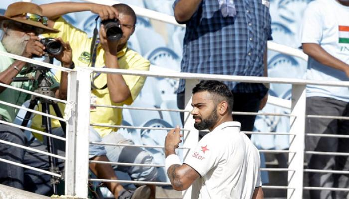 ১৬২ রানের লিড নিয়ে দ্বিতীয় দিনেই জয়ের গন্ধ পাচ্ছে ভারত