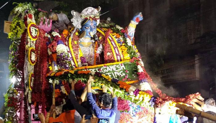 কালী পুজোর প্রতিমা বিসর্জন ঘিরে উত্তাপ শহরে