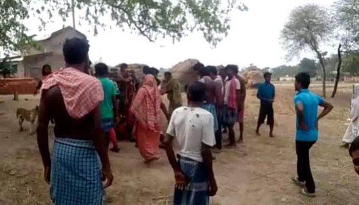 থমথম করছে দরবারপুর, গোটা গ্রাম পুরুষশূণ্য