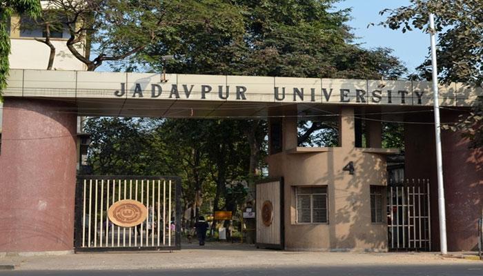 জলবন্দি শহরের ছবি বদলাতে বদ্ধপরিকর যাদবপুর বিশ্ববিদ্যালয়