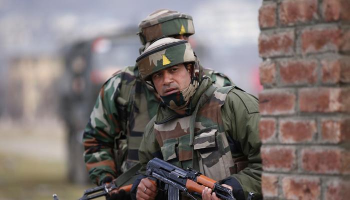 সীমান্তে গুলি চালাচ্ছে পাকিস্তান, তেড়ে জবাব ভারতীয় সেনার