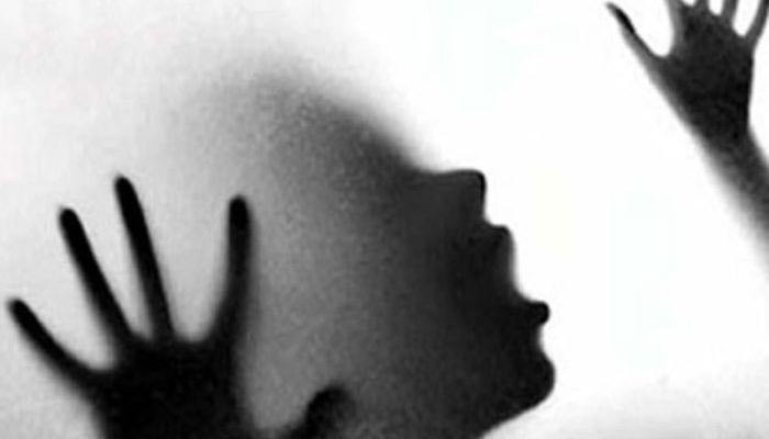 পঞ্চম শ্রেণীর ছাত্রীকে ধর্ষণ করে পুড়িয়ে খুন, অভিযুক্ত দুই নাবালক সহ ৩