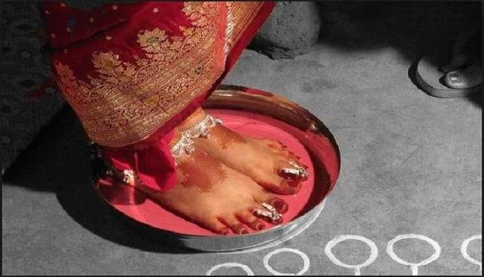 স্বামী মদ্যপ, 'পরকীয়া' স্ত্রীর! তারপর ঘর ছাড়লেন ২ মেয়েকে নিয়ে