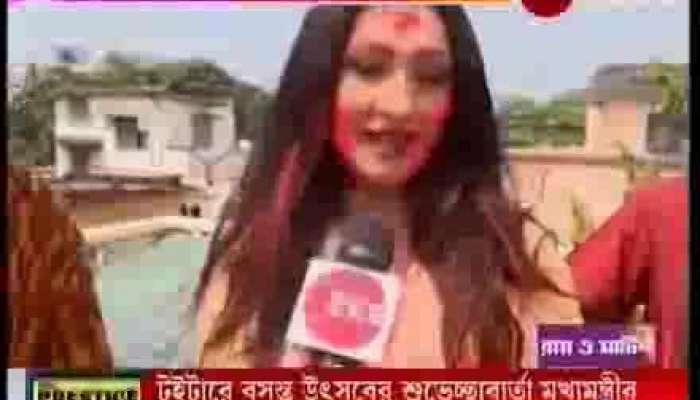 Actor Rituparna Sengupta celebrates Dol Yatra