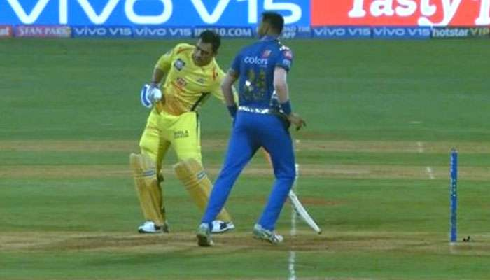 IPL 2019 : ধোনি কেন সবচেয়ে বুদ্ধিমান ক্রিকেটার, উত্তর জানতে দেখুন ভিডিয়ো
