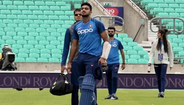ICC World Cup 2019: স্বস্তি ভারতীয় শিবিরে! বিজয় শঙ্করের চোট গুরুতর নয়