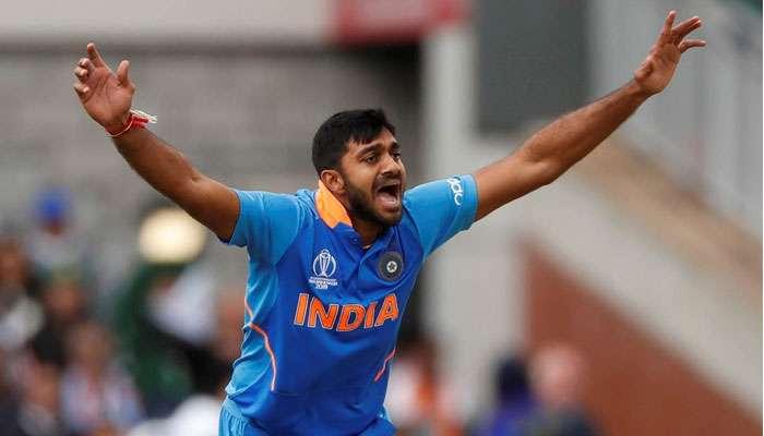 ICC World Cup 2019: বিশ্বকাপ থেকে ছিটকে গেলেন বিজয় শঙ্কর! পরিবর্তে দলে মায়াঙ্ক