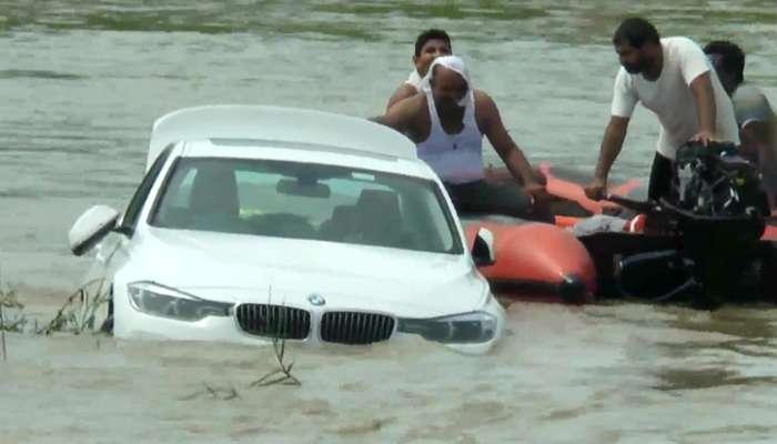 মা-বাবা Jaguar কিনে না দেওয়ায় ৩৫ লাখের BMW নদীতে ভাসাল ছেলে