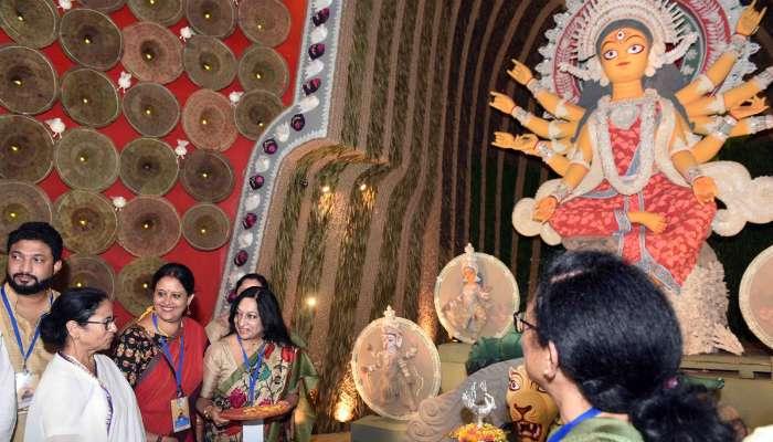 সুজিতকে বলেছি, এবার হবে না, চন্দ্রিমার পুজো উদ্বোধন করে বললেন মমতা