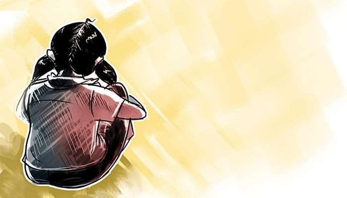 তরুণীকে ধর্ষণ করে খুনের ঘটনায় নির্দোষদের গ্রেফতারের অভিযোগ, পথ অবরোধে মহিলারা