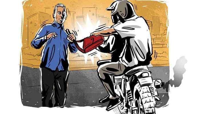হিন্দমোটরে ছিনতাই, ভরসন্ধ্যায় বন্দুক ঠেকিয়ে লুঠ লক্ষাধিক টাকা
