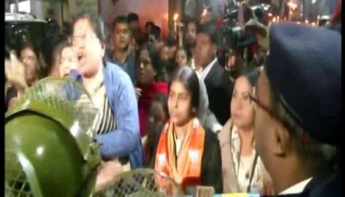 Locket leads BJP's protest rally against Kumargaunge rape-murder incident
