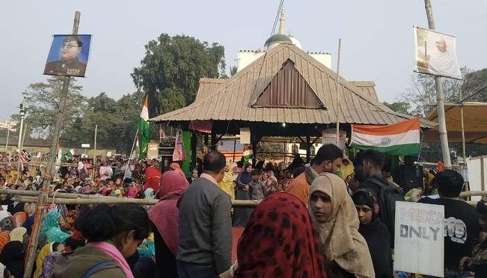 যে মোদী তিন তালাক রদ করেন, তাঁর কানে কান্না পৌঁছচ্ছে না? 'সুপ্রিম' রায়ে হতাশ কলকাতার 'শাহিনবাগ'