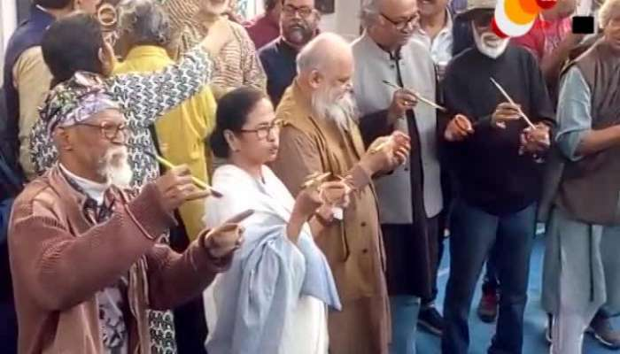 """Chaaye Pe Tuli"", CM Mamata Banerjee protests against CAA_NRC through painting"
