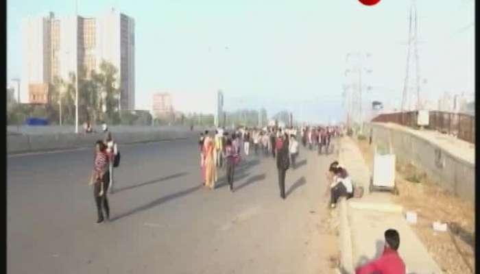 migrant workers walking home in lockdown