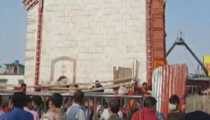 Visitors at Tarapith, Picnic mood at shantiniketan