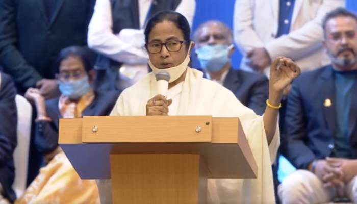 রাজ্যে ৭২,০০০ কোটির বিনিয়োগ, লক্ষাধিক চাকরির ঘোষণা Mamata-র; কাল্পনিক, কটাক্ষ BJP-র